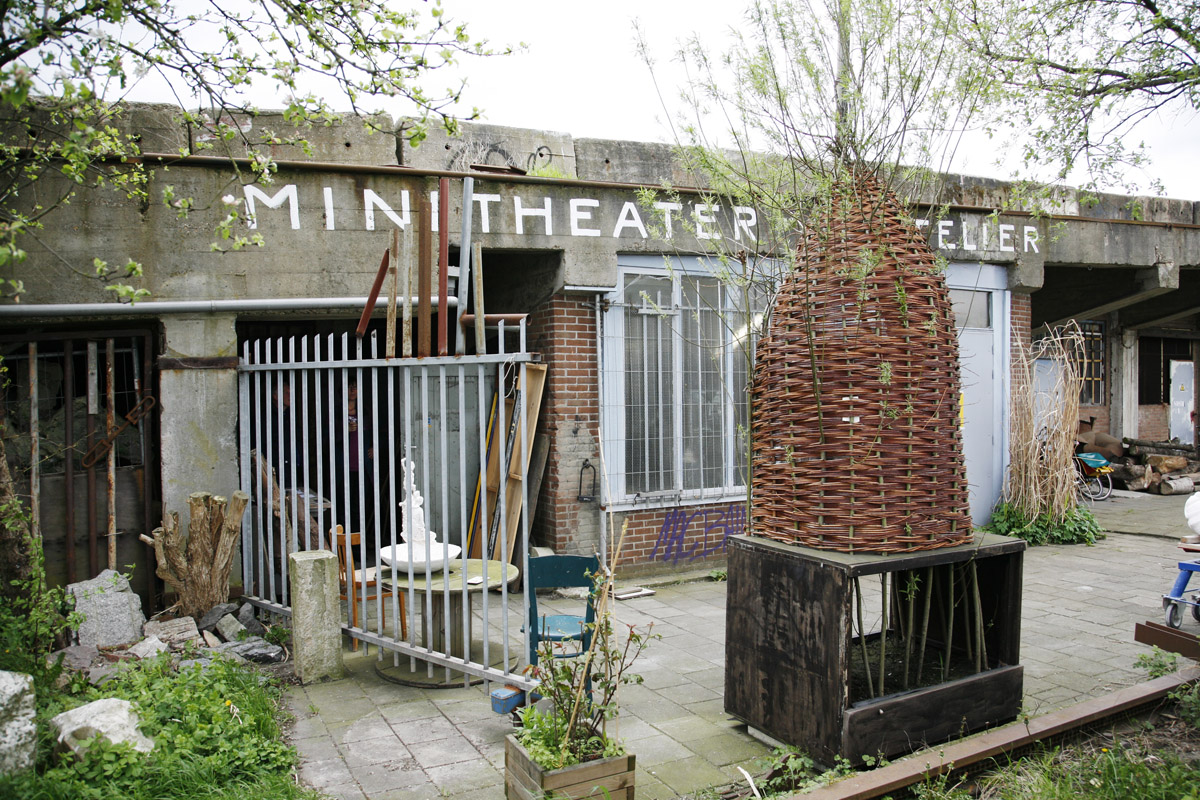 Mini Theater X Helling